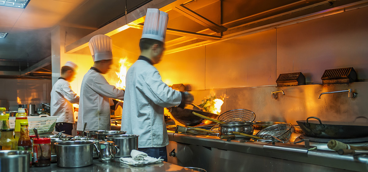 Remove Smells from Restaurant Kitchens